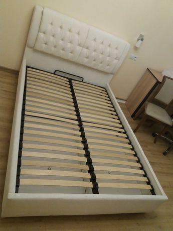 Продам кровать Тиффани б/у