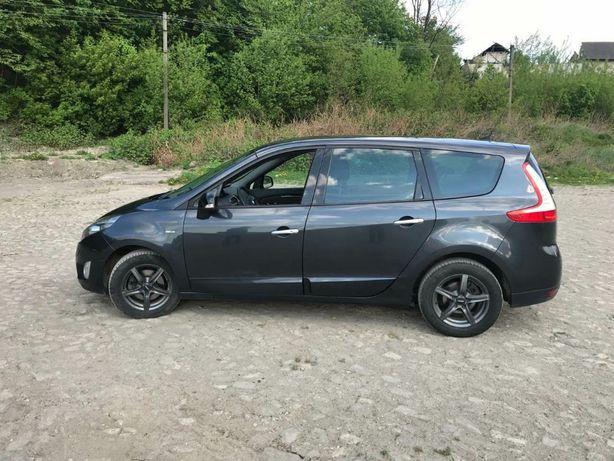 Renault GRAND SCENIC дизель автомат 2011 р.