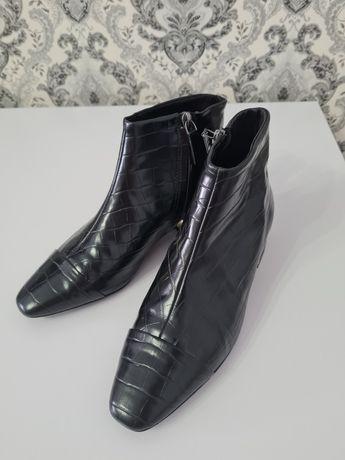 Кожанные ботинки 38 размер Mango