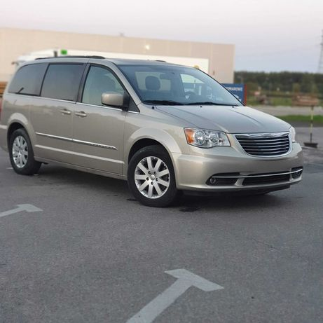 Chrysler Town Country 3.6 benzyna