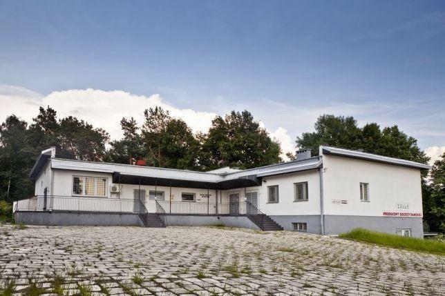 BUDYNEK 550 m2 produkcja usługi handel - hale i zaplecze biurowe