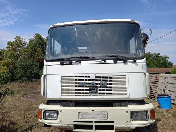 Camião usado MAN 26322
