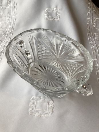 Kryształowe naczynie