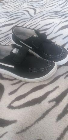 Літнє легке взуття для хлопчика