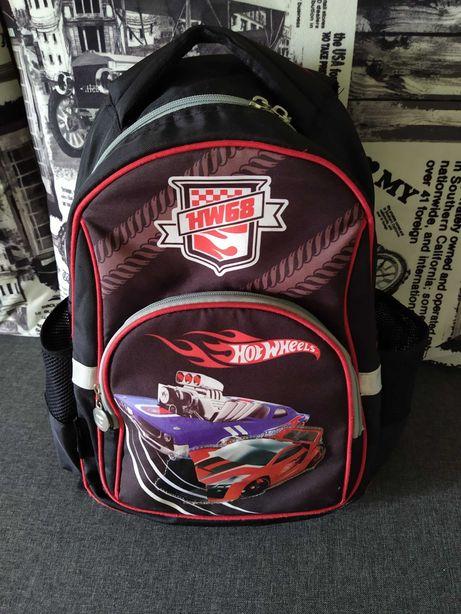 Школьный рюкзак для мальчика Kite. 1-4 клас.