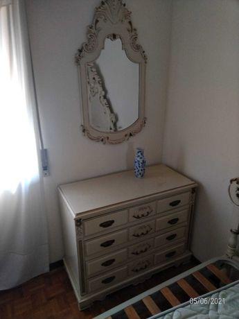 Mobilia de quarto casal pintada