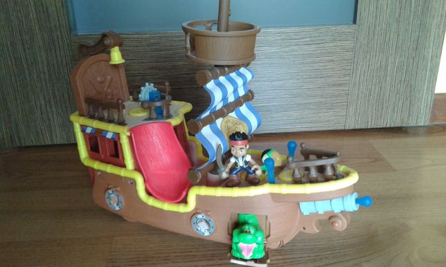 Fisher-Price JAK NOWY! Statek Jake i Piraci z Nibylandii BDH86