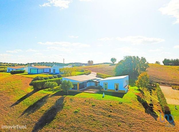 Moradia - 189 m² - T4