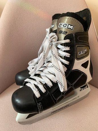хоккейные коньки ССМ размер 39