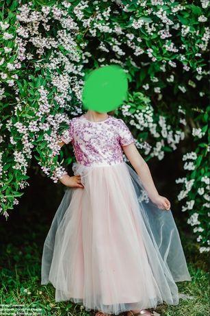 Дизайнерське дитяче плаття
