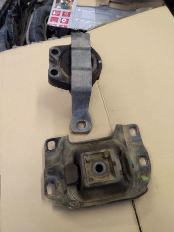 Poduszka silnika ford focus MK2 1,4b . 1.6b 16v