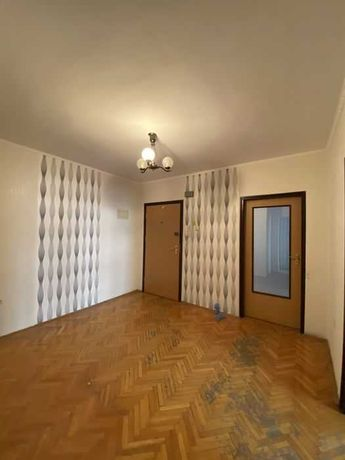 Продажа 3х ком квартиры в Киеве Кадетский гай. 79 м². Без комиссии