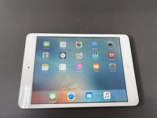 "iPad mini 16gb silver WiFi (a1432 7,9"" v.9.3.5)"