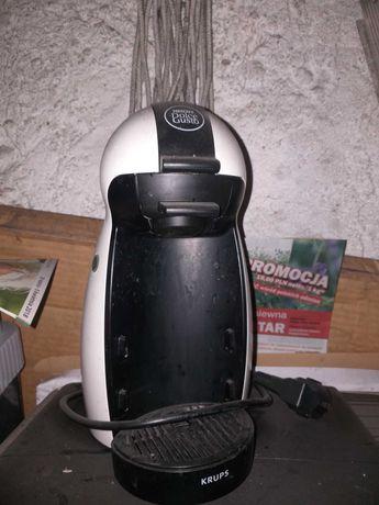 Ekspres dolcz gusto na kapsulki  sprawny szbko robiący  pyszną  kawe