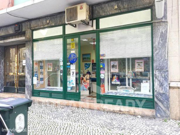 Loja Lisboa - 90m2 - Praça do Chile - Alameda - Anjos - L...