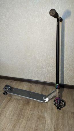 Продам трюковый самокат Oxelo MF 3.6 V5