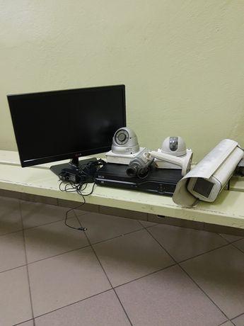 """Zestaw do monitoringu/rejestrator 1TB/monitor 20""""/3 kamery"""