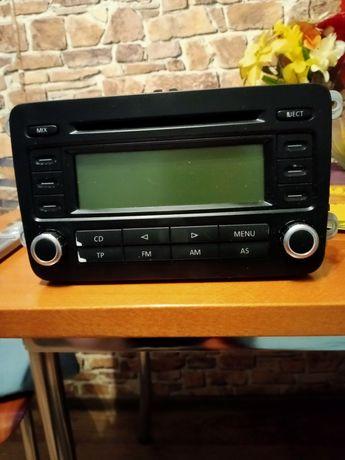 Radio Passat B6 :)