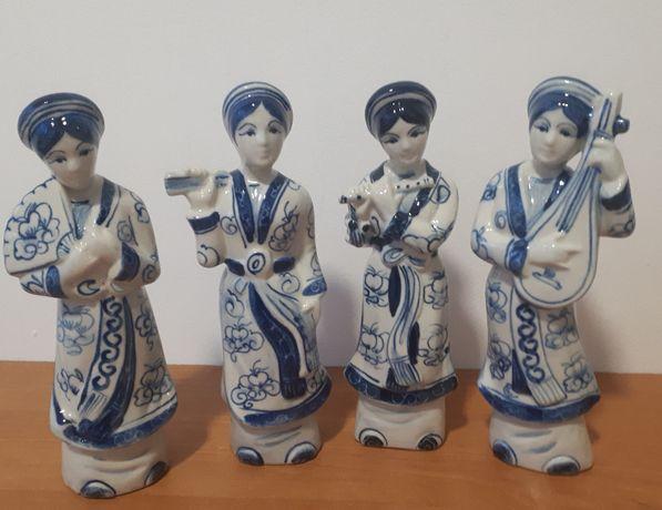4x GEISZA z Hanoi wschodnia porcelana figurki figurka