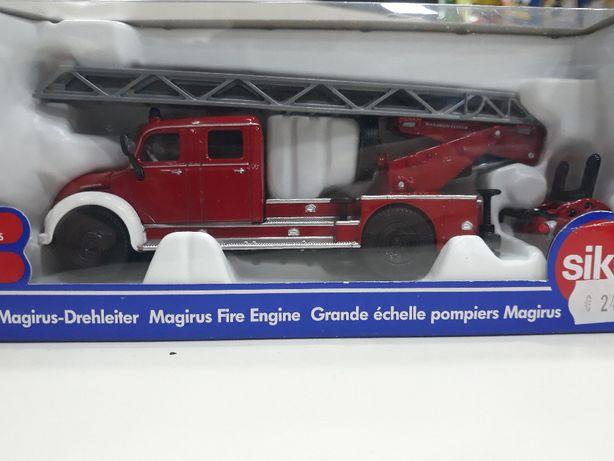 Miniatura Magirus 1/50 bombeiros