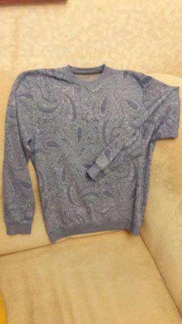 Продам свитерок мужской