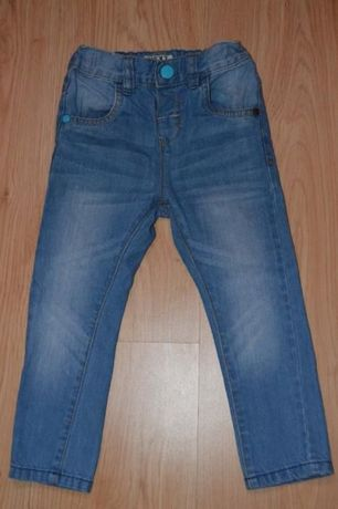 Продам джинсы на мальчика NEXT