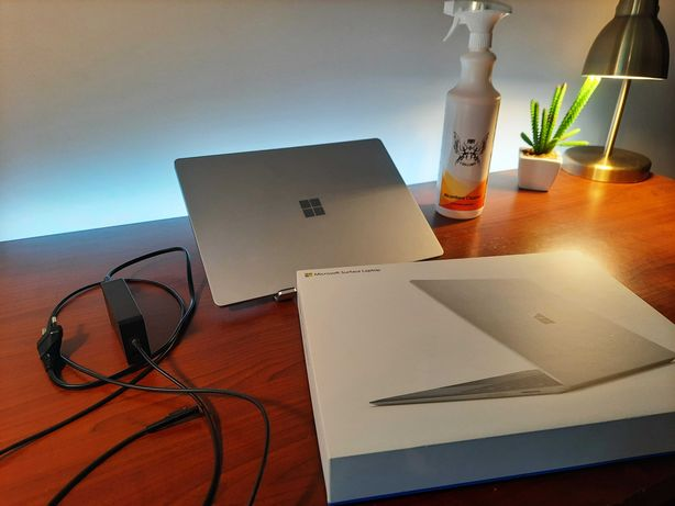 Microsoft surface laptop / i5 / 8gb / 265gb/ 3 Lata GWAR, / + gratisy