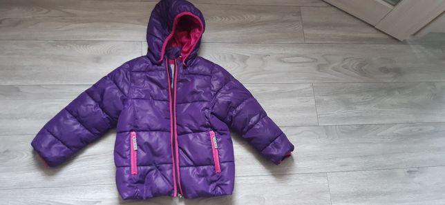 Курточка для двора 5-6 лет