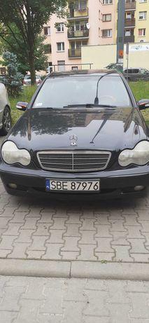 Sprzedam Mercedesa c200 w203