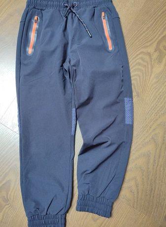 Zara rozm.128 cm spodnie sportowe Nowe