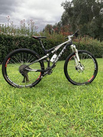 Scott spark RC 900 (TAM M)