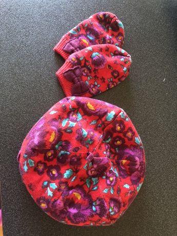 Фирменный набор детский на девочку шапочка и варежки 6-12 месяцев