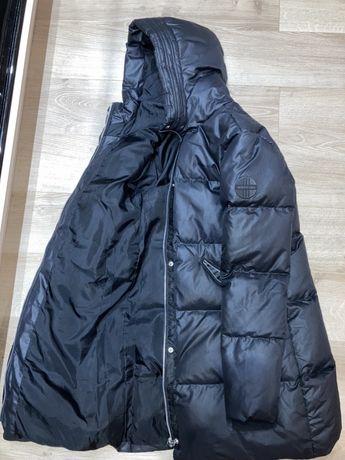 Продам зимнею женскую оригенальную куртку adidas