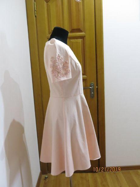 продам платье вышивка бисер