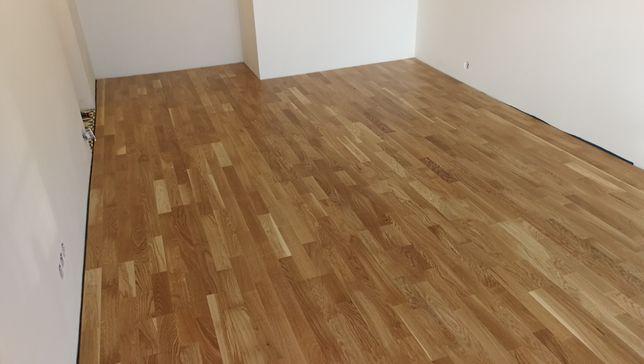 Montaż paneli podłogowych, podłóg drewnianych i wykładzin