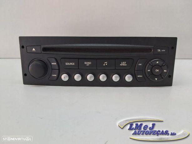 Auto Radio Peugeot 207 Usado