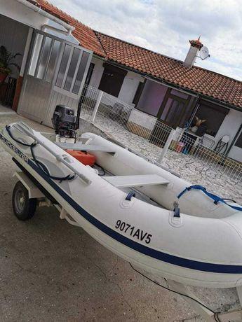 Barco Quicksilver - Modelo QS 340 com Motor Tohatsu de 18 CV e reboque