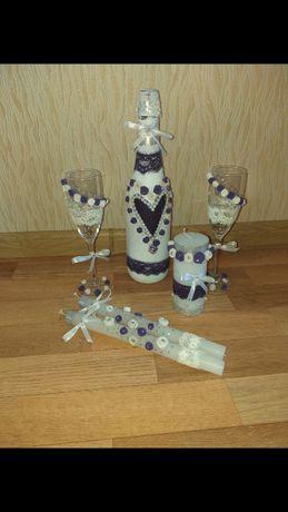 Свадебный набор для жениха и невесты бокалы, свечи, бутылка