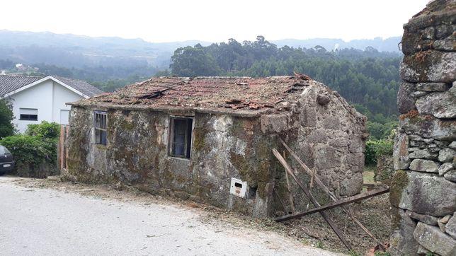 Casa em Ruínas em Quintela