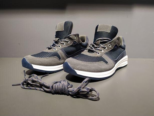 Wojas buty sportowe 42 NOWE