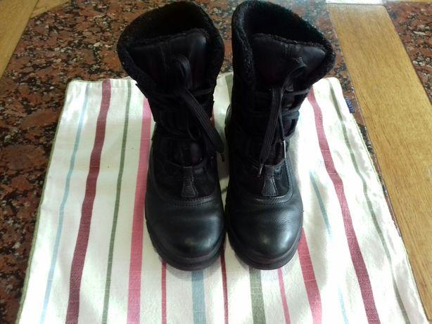 Продам женские демисизонные ботинки р 37