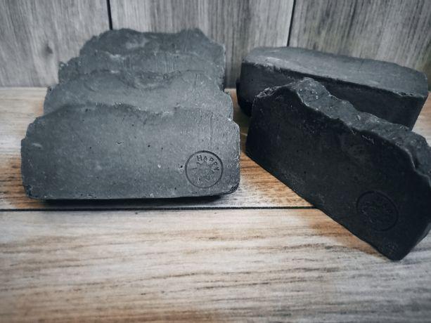 Натуральное  очищающее мыло с углем