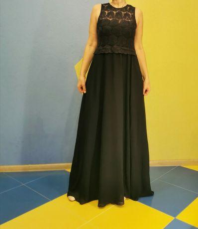 Вечернее платье, темно синее, кружевной верх.