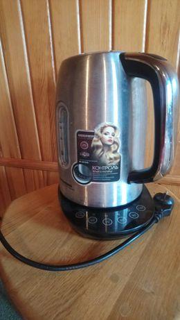Электрический чайник Russell Hobbs новый=1200гр