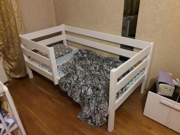 Детская кровать/Кровать односпальная из дерева