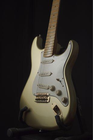 Stratocaster 60th anniversary collector edition