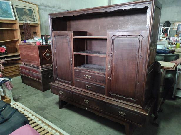 Móvel , prateleiras madeira . Óptima base para restauro