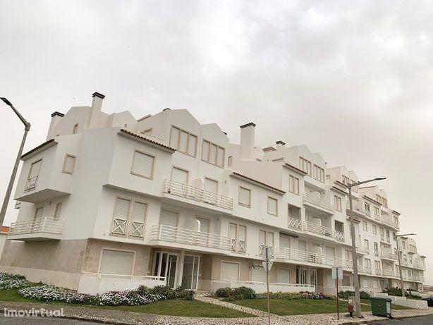 Apartamento T3 Duplex Urbanização Sol Village II no Baleal