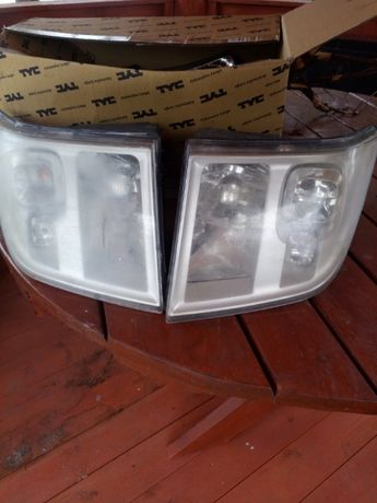 lampy przednie Ford Tranzit 2008