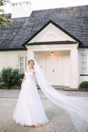Olśniewająca suknia ślubna rozmiar 34/36 + długi welon